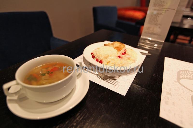 Cafe_Z_7.jpeg